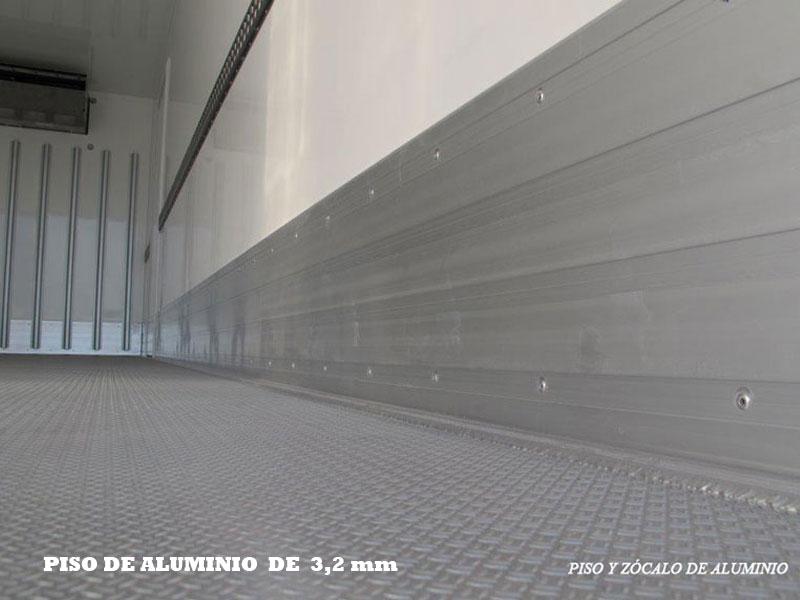 fricarsur-piso-y-zocalo-de-aluminio-2